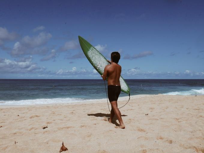 David Paul Jordan surfs Sunset Beach with Tore